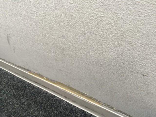 壁 塗装 傷 汚れ