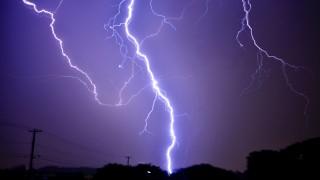 7~9月は要注意!オフィスにおける雷対策について