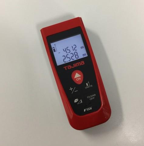 写真⑦_採寸作業に必須!!レーザー距離計のすすめ。