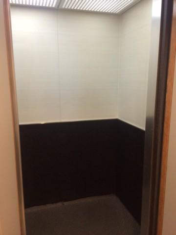 画像⑥ エレベーター