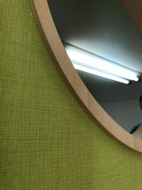 造作木材を使用したエントランス工事をご紹介